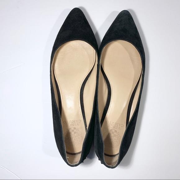 Vince Camuto Shoes   Black Flats Size 8